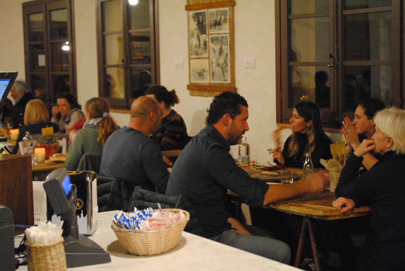 Pizzeria Metri 0 foto 18