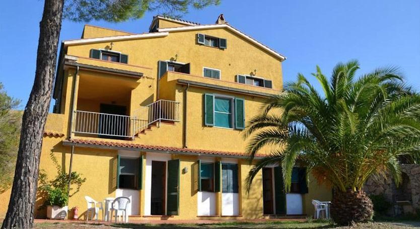 Foto Appartamenti Parco delle Ginestre