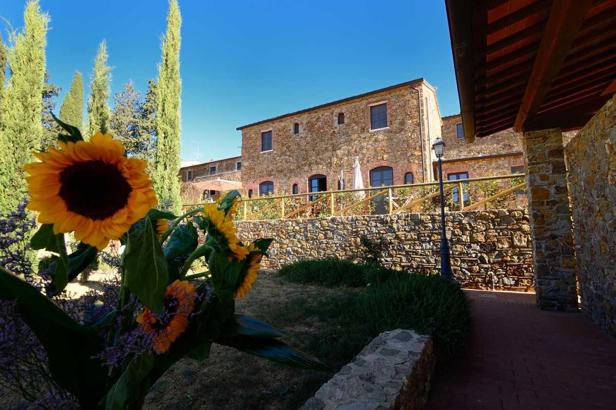 Foto Antico Borgo Casalappi
